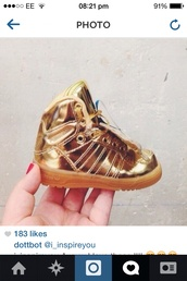 shoes,gold metalic trainers