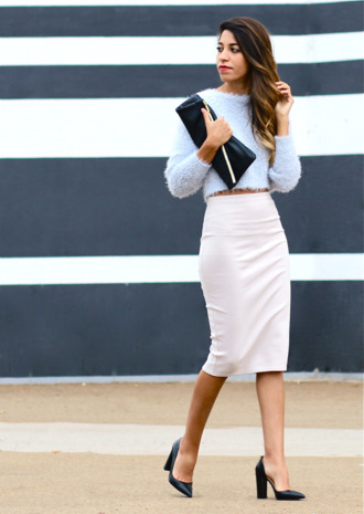 fadela mecheri blogger pencil skirt office outfits pouch light blue fuzzy sweater sweater skirt bag shoes
