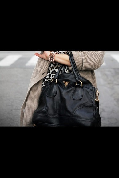 bag black leather prada