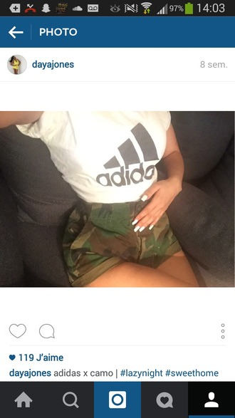shorts military style