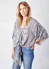 top,lovestitch,blouse,boho,bohemian,chic,floral,flowers,kimono sleeve,effortless,ethereal,elegant,stone,grey,botanical,tie front,lavender