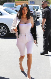 top,white,bodysuit,jeans,denim,shorts,sandals,kim kardashian,kardashians,jacket,bomber jacket