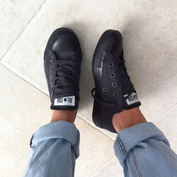 shoes converse sneakers allstars black black shoes black converse chucks low all black