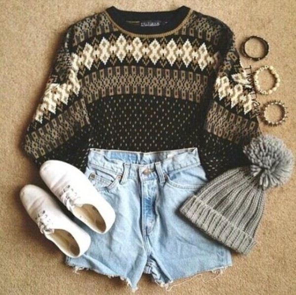 sweater shoes hat