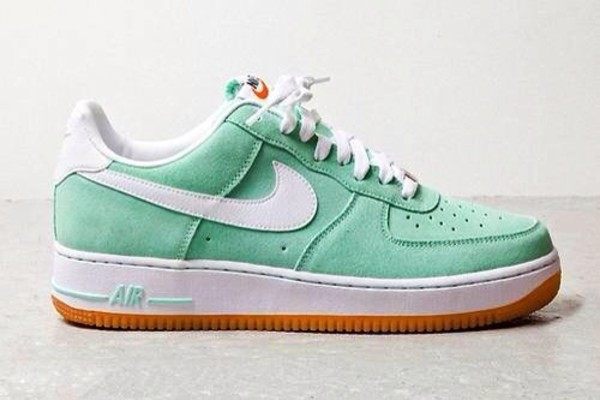 shoes air max nike nike shoes love funny swag yolo hipster tumblr nike air force nike sneakers blue sneakers green lovly justin bieber nike customs pink nike air force 1 customs