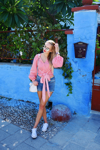 callmemaddie blogger top shorts shoes sunglasses jewels denim shorts shoulder bag sneakers tie-front top summer outfits