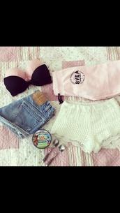 shorts,bra,pink,black,white lace shorts,high wasted jean shorts,sweatpants,pink sweatpants,pants,underwear