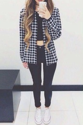 jacket,checkered,flannel jacket,fashion,flannel shirt,flannel sweatshirt,shirt,jeans,shoes,top,flannel,crop tops,coat,black,white,black and white,black coat,white coat,gingham,skirt,cozy,soft grunge,black jeans,clothes