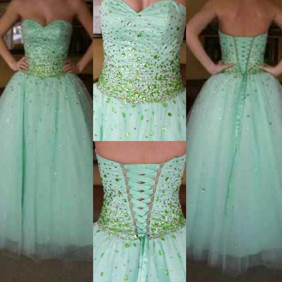 mint green dress mari lee prom madeline gardner