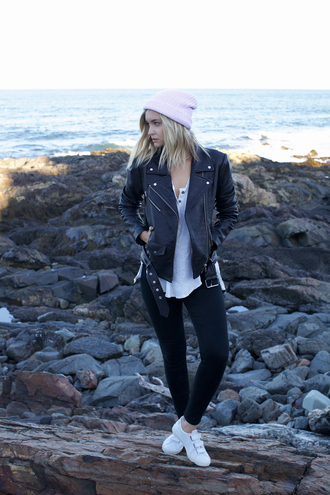 late afternoon blogger casual black leather jacket pink hat white sneakers