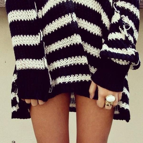 sweater stripes jumper pretty tumblr black white long sleeves jewels heavy knit jumper