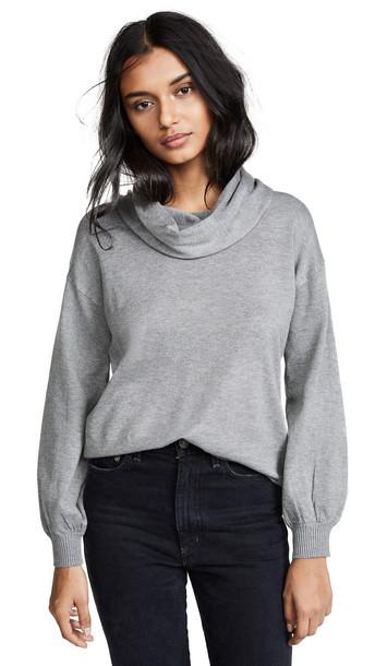 BB Dakota In A Stitch Sweater in grey