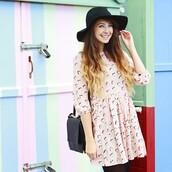 bag,zoella,shoulder,detail,zoellablog,felt hat,black shoulder bag,dress,pink,birds,pattern,shoulder bag,black bag