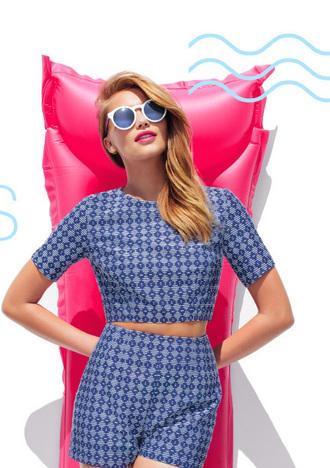 top highwaist shorts shorts crop tops blue outfit summer outfits