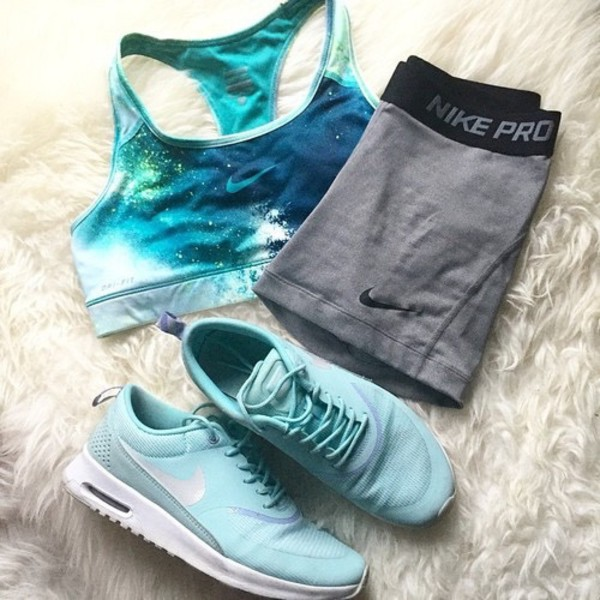 top nike nike pro fit fitness fit life athletic athletic blue grey black sports bra sportswear sportswear galaxy print shorts tight sneakers white cute tumblr earphones shoes sports shorts