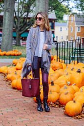 prosecco and plaid,blogger,jeans,t-shirt,cardigan,bag,scarf,jewels,burgundy,halloween