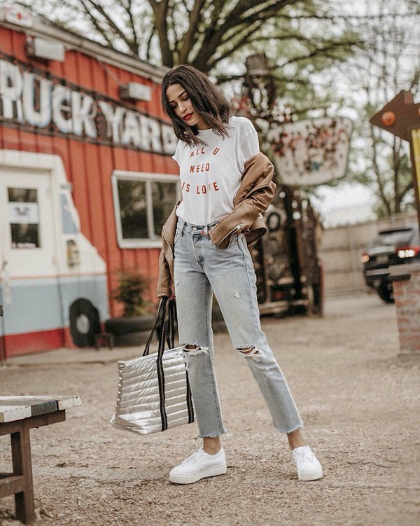 t-shirt top white top blue jeans ripped jeans sneakers white sneakers bag white t-shirt jeans denim low top sneakers