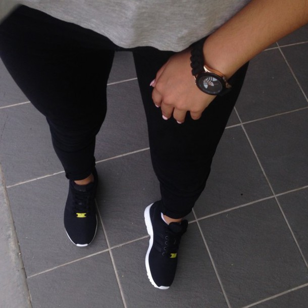 shoes black black shoes nike running shoes air max free runs trainers sneakers nike black pink nike running shoes tumblr outfit trainers