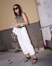 jeans,cropped jeans,white jeans,mules,sleeveless top,leopard print,sunglasses,handbag