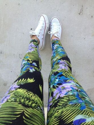 pants palm leggings flowers patterned leggings black blue white green purple tropic print tropical tropic floral converse fashion style jungle jeans tumblr leaves holidays printed leggings cool streetwear dope printed pants printed jeans palms colorful leggings swag chuck taylor all stars cute blue leggings multicolor plants pattern leafs tropical print pants