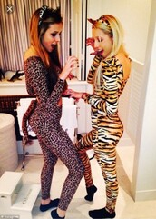 jumpsuit,halloween,costume,animal,animal print,tight,tights,cute,outfit,diy,tiger,leopard print,halloween costume