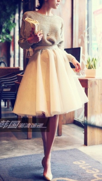 skirt pastel long tutu pink long skirt blouse jumper elegant classy warm cream white light style chic fashion city classy girls tulle skirt