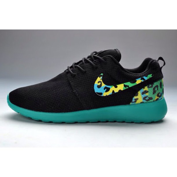 shoes nike roshe run black pattern green blue