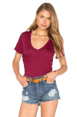v neck light burgundy top