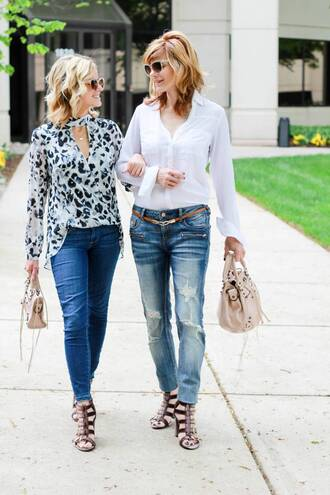 kim tuttle the knotted chain - a style blog by kim tuttle blogger shoes top pants bag jeans handbag sandals blouse spring outfits