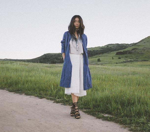 honey n silk blogger top blue coat white skirt strappy sandals coat skirt shoes