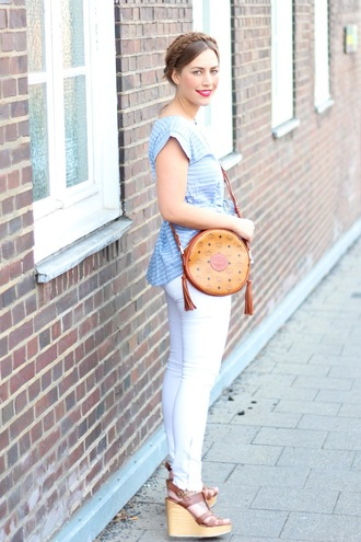 bag crossbody bag peplum white jeans blogger spring spring outfits summer summer outfits jeans home accessory