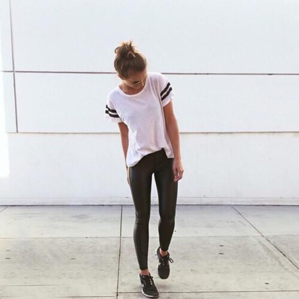 T-shirt College White T-shirt Striped Shirt Tumblr Outfit Football Shirts - Wheretoget