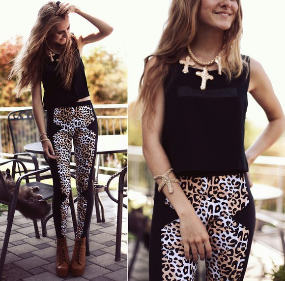 clothes hairstyles leggings animal print moda it moda pantaloneta