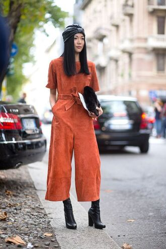 jumpsuit cropped jumpsuit orange jumpsuit cropped suede suede jumpsuit clutch fur clutch boots black boots fall outfits