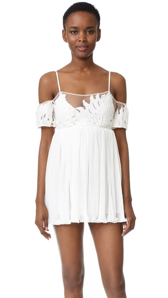 57768c501bb Alice Mccall The Best You Never Had Dress - White - Wheretoget