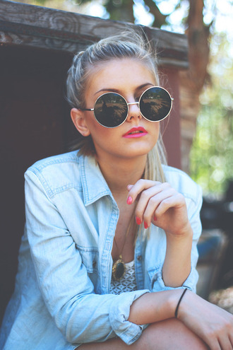 sunglasses denim blouse round sunglasses vintage cute summer black sunglasses big sunglasses shirt jacket retro black blue big small round hip girl modern glases vintage glassses grunge pastel goth grunge glasses goth cyber-goth hair accessory big sun glasses retro sunglasses