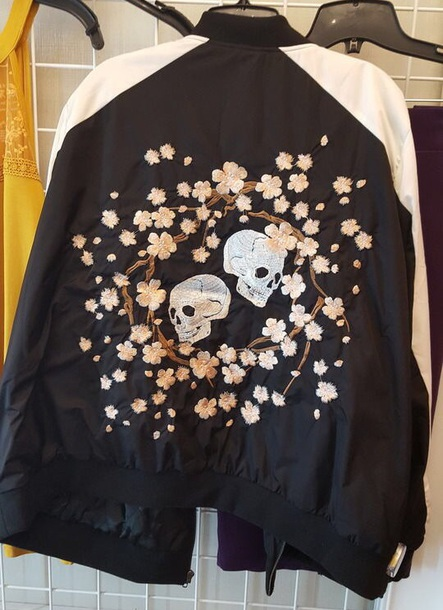 jacket skull cherry blossom black back white sleeves skulls with cherry blossoms floral goth soft grunge black top with white sleeves