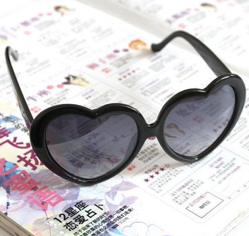 a46aafdb896b Retro Summer Cute Glasses Women Girl Love Heart Shape ...
