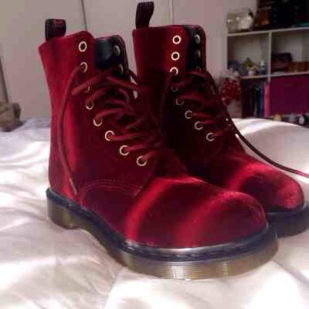 d559349a571a8 shoes boots velvet red DrMartens docmartens velvet shoes grunge grunge shoes  grunge boots soft grunge soft