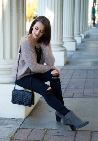 hashtagfablife blogger sweater jeans bag shoes shoulder bag fuzzy sweater black jeans ankle boots grey boots