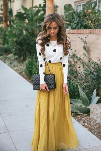 sweater white black blouse top girly skirt dress mustard maxi dress polka dots yellow maxi skirt maxi black leather bag black bag yellow maxi skirt long high wasted skirt white with black pokadots shirt black polka dots white sweater long sleeves