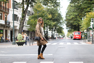 clochet blogger coat blouse jeans shoes bag
