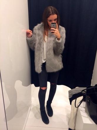 jeans blue skinny jeans coat jacket faux fur jacket faux fur faux fur coat grey faux fur fashion tumblr