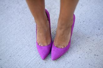 shoes purple shoes purple pumps pointed toe heels high heels lavender spring colors
