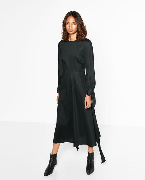 b0af04e0 Get the dress for $129 at Zara - Wheretoget