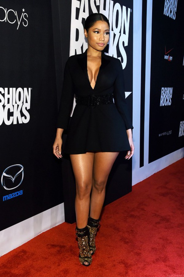 booty babe barbz slaying trinidad nicki minaj red carpet dress fashion icon designer black dress cute black dress demure short short dress pretty heels