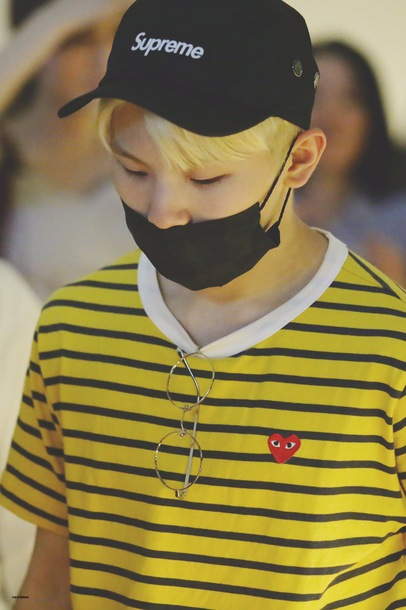 shirt striped shirt glasses kpop cap yellow face mask