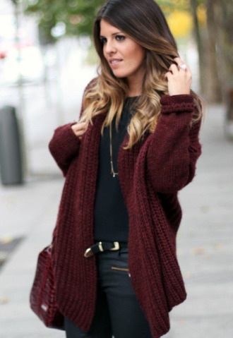 sweater burgundy burgundy sweater maroon/burgundy maroon cardigan oversized sweater oversized cardigan jeans