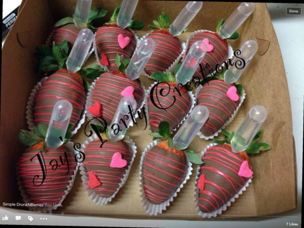 How To Make Chocolate Covered Strawberries Infused With Liquor