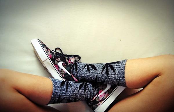 socks weed socks nike pretty roses